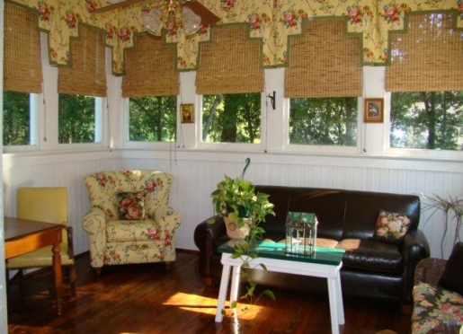 The Gathering Room in Breeden Inns' Carriage House