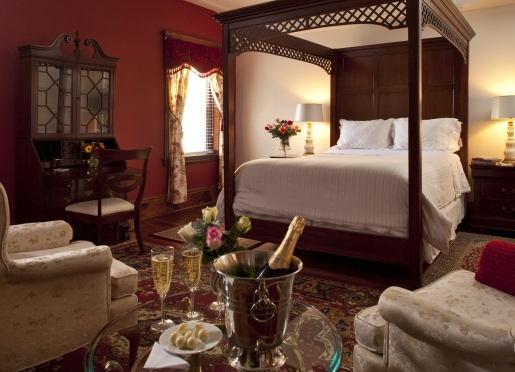 Room 403 - Great for Special Occasions - Rate: $160-$289