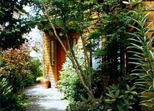 North Berkeley Bed & Breakfast Cottage