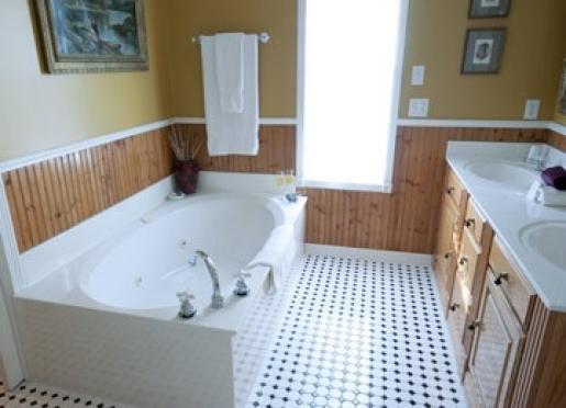 The Victoria Suite Bath