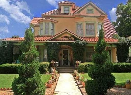 Arcadian Inn Bed and Breakfast - Edmond, Oklahoma