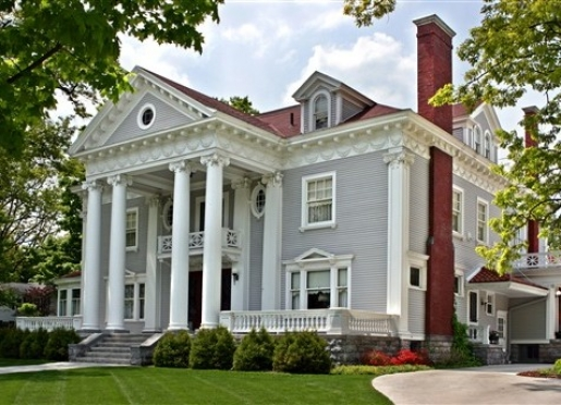 Wellington Inn Bed and Breakfast - Traverse City, Michigan