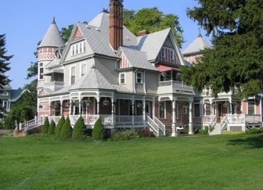 The Heather House Bed & Breakfast - Marine City, Michigan