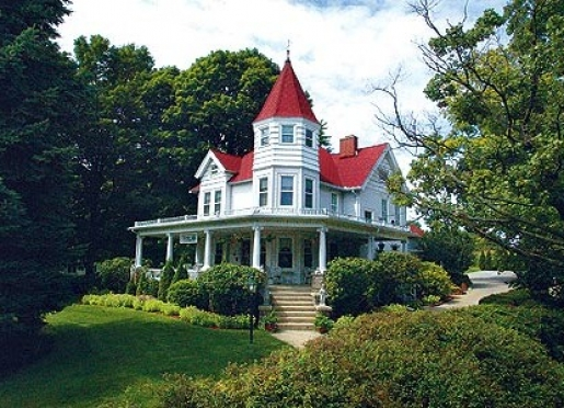 Kingsley House Bed and Breakfast Inn - Fennville, Michigan