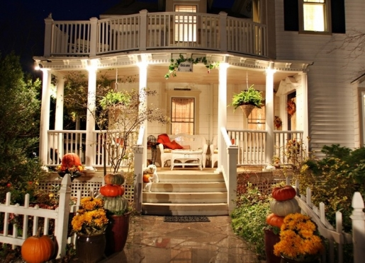 Martha's Vineyard Bed & Breakfast - South Haven, Michigan