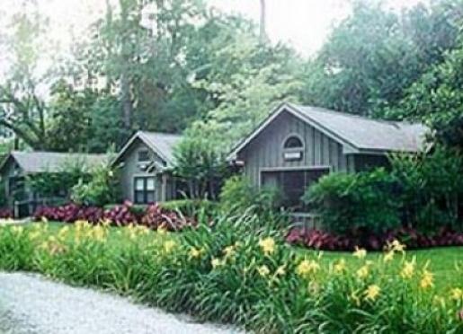 Bay Breeze Guest House - Fairhope, Alabama