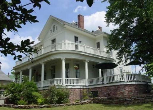 1889 Spring Street Inn - Hot Springs, Arkansas