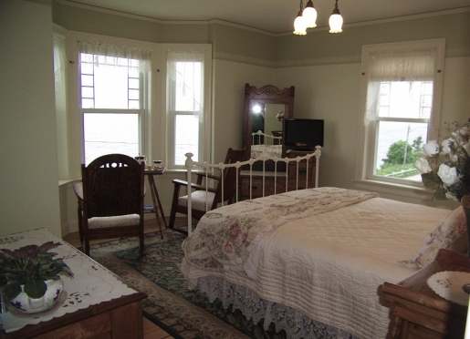 Houghton oceanfront room with outstanding sunset sea views
