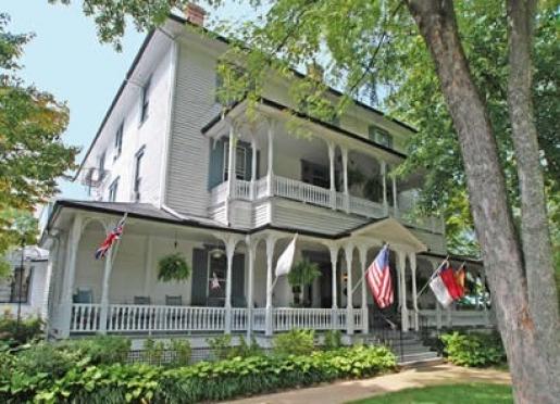 1898 Waverly Inn - Hendersonville, North Carolina