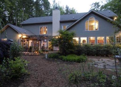 Butterfly Creek Inn - Tryon, North Carolina