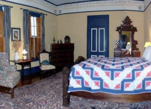 McIntyre Guestroom