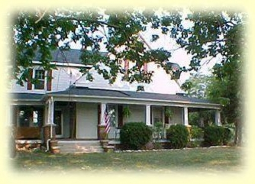 Lamplight Inn, a country Bed and Breakfast - Henderson, North Carolina