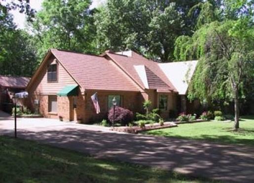 Sassafras Inn - Hernando, Mississippi