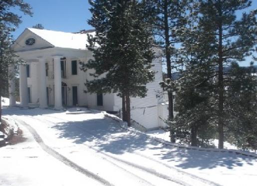Pikes Peak Paradise - Woodland Park, Colorado