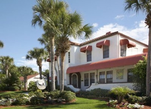 Horse & Chaise Inn, LLC - Venice, Florida
