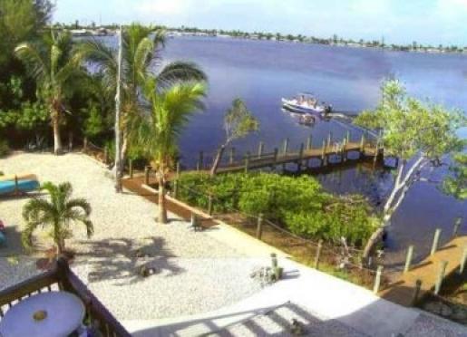 Inn on the Bay - Cape Coral, Florida