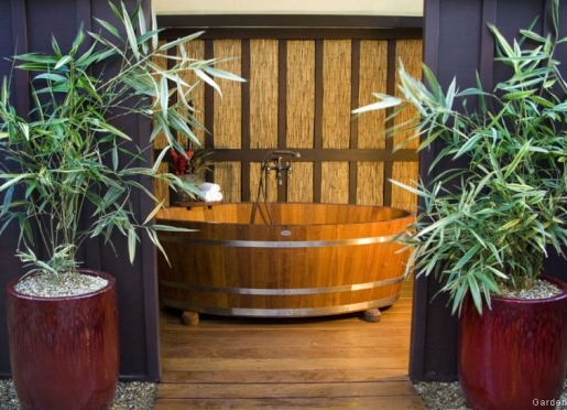 Garden Spa Suite Outdoor Tub