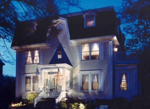 Beech Tree Inn and Cottage B&B in Newport Rhode Island