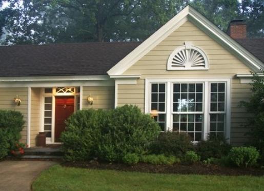 Foxfield Inn - Charlottesville, Virginia