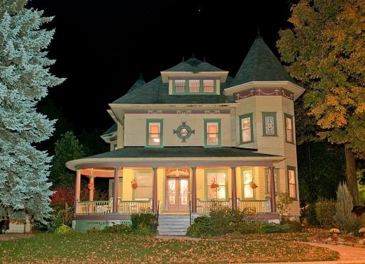 Sleepy Hollow Bed & Breakfast - Gananoque, Ontario, Canada