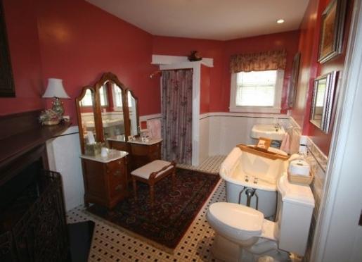 Acadia Suite Bath