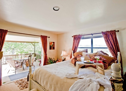 Overlooking the picturesque lake and hills, our guesthouses leave nothing to be desired