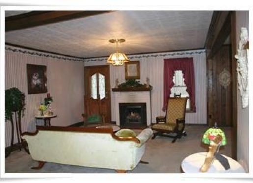 Great Room of The General Manager's Cottage