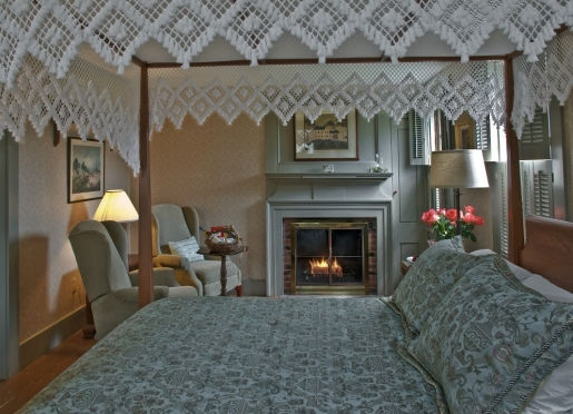 Queen Charlotte Suite... This first floor room has a queen canopy bed, fireplace and jacuzzi tub.