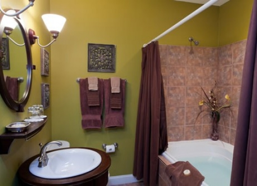 All guest rooms have private baths.