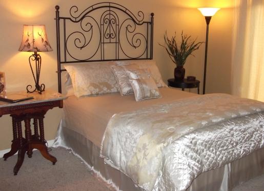 Woodlands Suite Main Bedroom