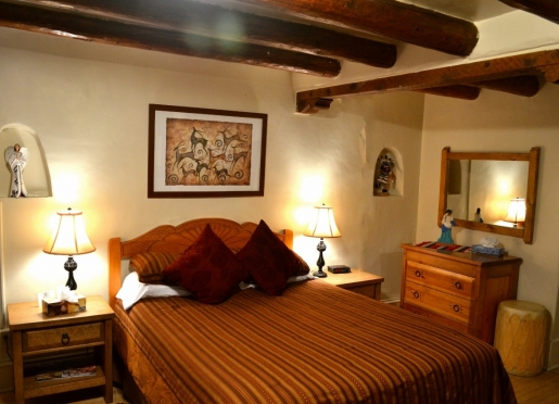Taos room - the perfect Santa Fe lodging for a New Mexico vacation!