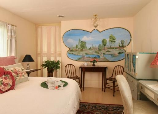 Room 405 - Brontes