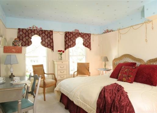 Room 304 - Arabian Nights