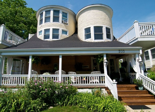 Welcome to the Sandcastle Inn Bed and Breakfast
