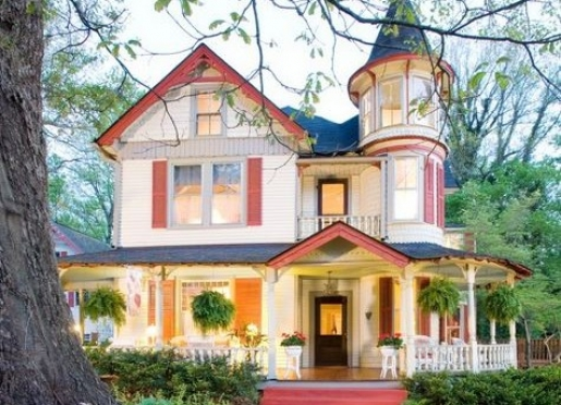 The Oaks Bed & Breakfast, A Victorian work of art built in 1895