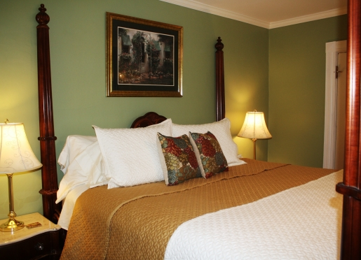 Harbor Suite bedroom at the Saltair Inn Waterfront Bed and Breakfast in Bar Harbor, ME