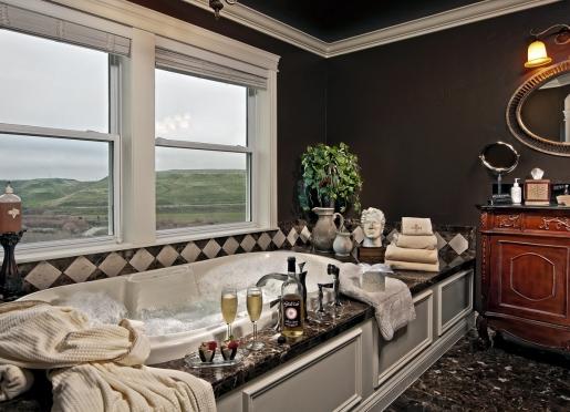 Garden tub in Italian suite.