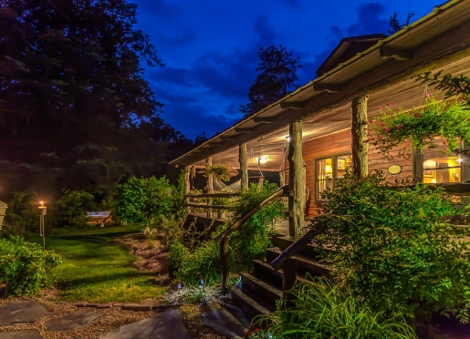 Evenings at Butterfly Hollow Bed and Breakfast