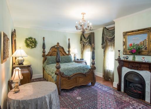 Senator's Room