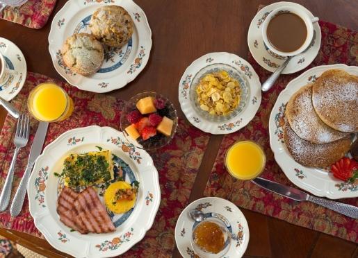 Breakfast at Hampton Terrace Inn