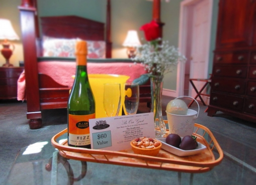 Perfect for anniversaries, birthdays and honeymoons, we offer a variety of special packages.