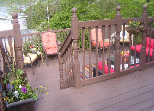 Large, multi level decks with lake views!