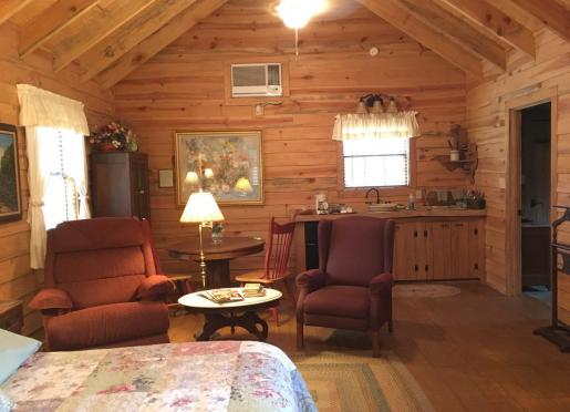 Mayhaw bedroom sitting area