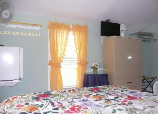 Sunrise Room 5