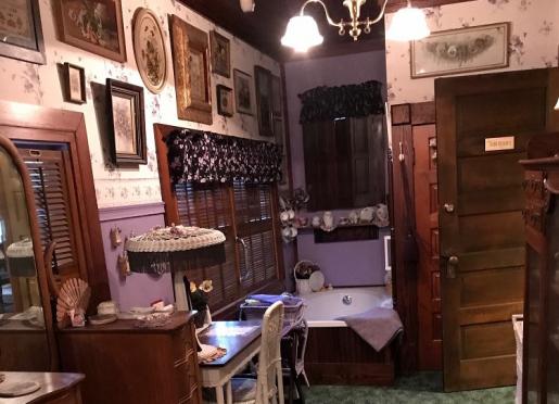 Sun Room Jacuzzi